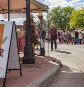 Take Advantage of Late Summer Nights and Shop Farm Fresh in Sheridan, Wyoming