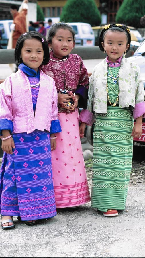 CHICAGO TRIBUNE | Myths and Mountains Explores Bhutan