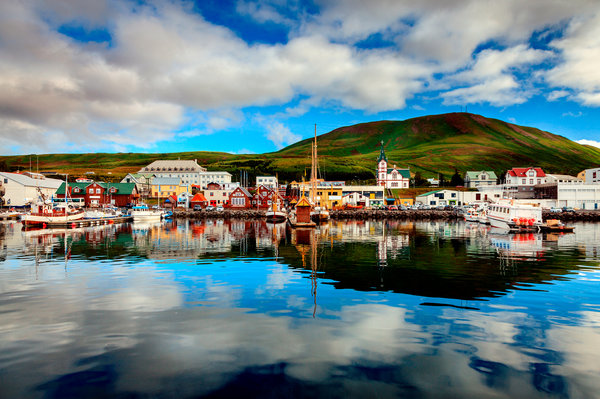 THE NEW YORK TIMES | Cool Cruises Around Iceland